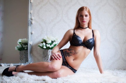 Pornstar Chrissy Fox 21 years old girl